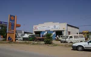 Exterior taller mecánico